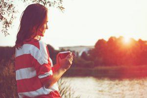 夜型生活を続けると健康に悪いのか?生物的メカニズムより大切なコト